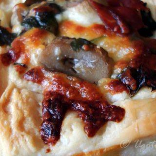 Pieczarkowo-serowo-pietruszkowa wariacja do ciasta francuskiego - foto 7