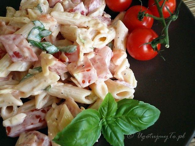 Sałatka z pomidorów i sera