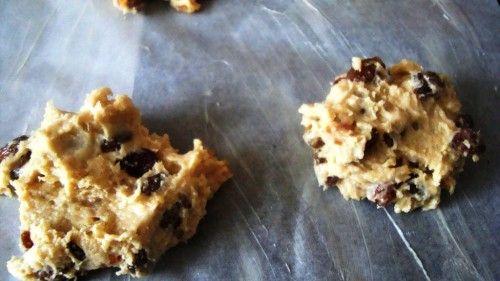 Przepis na kruche ciasteczka z rodzynkami