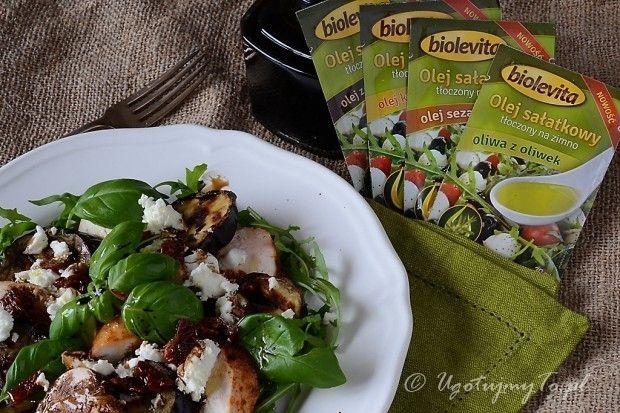 Salatka z kurczakiem i olejem Biolevita