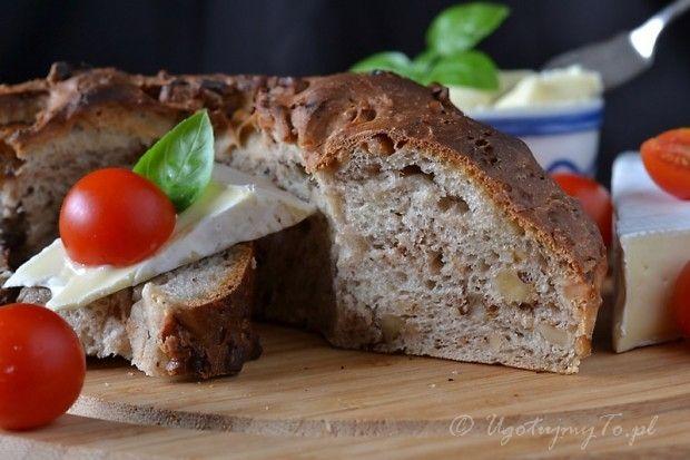 Chleb orzechowy