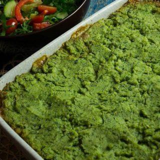 Zapiekanka mięsna z zielonym puree