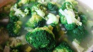 Przygotowanie kremu z brokulow
