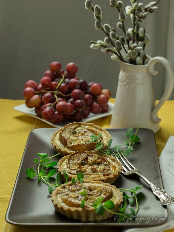 Tartaletki gruszkowo-serowe