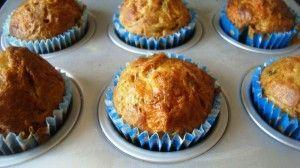 Przygotowanie muffinek z cukinia