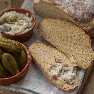 Chleb kaszubski na podmłodzie