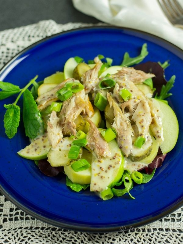 Sałatka ziemniaczana z makrelą wędzoną
