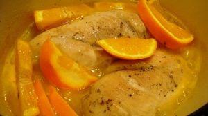 Przygotowanie kurczaka w pomarańczach