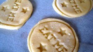 Przygotowanie ciasteczek maślanych