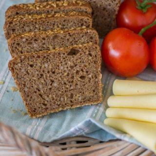 Chleb orkiszowy z kaszą gryczaną